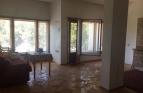 Тристаен апартамент в широ..