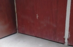 Голям гараж за продажба в б..