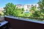 Обзаведен тристаен апартаметн до плувния басейн и 8-мо СУ