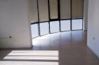 Слънчев офис под наем в шир..