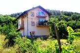 Четири етажна Къща готова за нанасяне в с. Слатино
